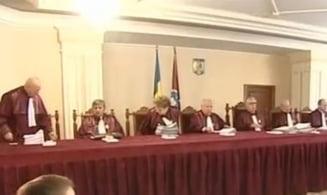 CCR a amanat pronuntarea pe Legea comasarii alegerilor
