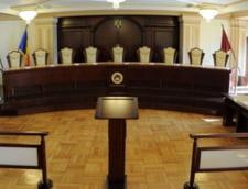 CCR a primit trei cereri de anulare a prezidentialelor: Cand va valida rezultatul