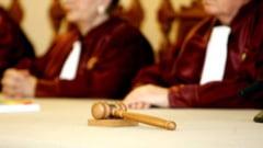 CCR a pus capac modificarii Constitutiei