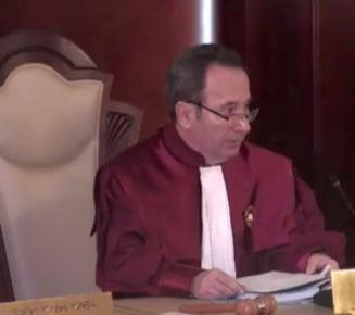 CCR a respins sesizarea Avocatului Poporului. Nu a judecat OUG 13 pe fond, pe motiv ca a fost abrogata