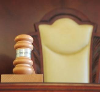 CCR isi motiveaza decizia pe abuzul in serviciu, in cazul sesizarii fostei sotii a lui Dragnea. De ce e obligatoriu pragul