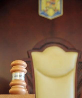 CCR isi motiveaza decizia pe legea plagiatelor: Titlul de doctor poate fi retras doar de o institutie independenta de cea care l-a emis