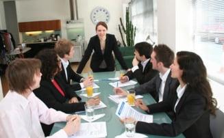 CE avertizeaza companiile ca ar putea introduce cote pentru femei