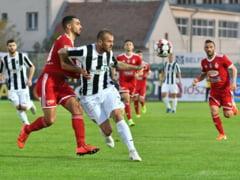 CFR Cluj, transfer de ultim moment inaintea meciului cu Djurgardens! Pe cine vrea Petrescu din Liga 1