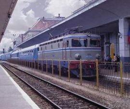 CFR suplimenteaza trenurile, de Rusalii