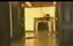CNN dezleaga misterul fantomei lui Michael Jackson (Video)