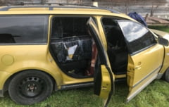 CONTRABANDA - Autoturism indisponibilizat si tigari confiscate de politistii maramureseni - FOTO