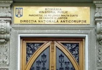 CSM, instiintat despre inlocuirea procurorilor Papici si Alexandru. Tensiuni Kovesi-Nitu