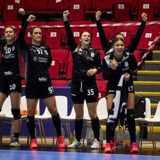 CSM Bucuresti s-a calificat in sferturile de finala ale Ligii Campionilor la handbal feminin. Echipa sustinuta de Primaria Generala a Capitalei a trecut de Valcea
