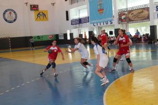 CSM Slatina, duel cu Universitatea Resita