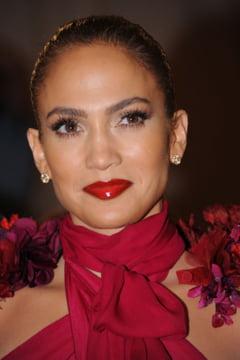 CV-ul frumusetii lui Jennifer Lopez (Galerie foto)