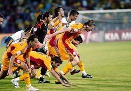 Cacealmaua, solutia lui Piturca pentru meciul cu Italia