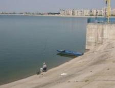 Cadavru gasit pe Lacul Morii din Capitala