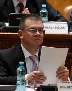 Caderea Guvernului Ungureanu, in presa straina