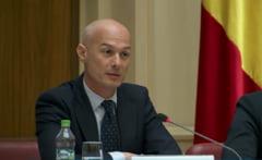 Caderea lui Bogdan Olteanu, fostul viceguvernator al BNR. Portretul demnitarului trimis la inchisoare chiar de ziua lui de nastere