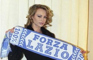 """Cadou """"fierbinte"""" pentru Stefan Radu. Cine e actrita care a pozat goala dupa ultima victorie a lui Lazio FOTO"""
