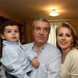 Calin Popescu Tariceanu a obtinut custodia fiului sau si va primi pensie alimentara
