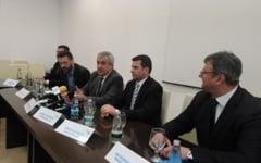 Calin Popescu Tariceanu si Daniel Constantin viziteaza judetul Dambovita