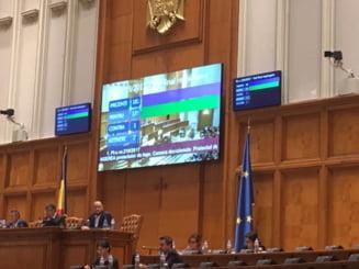 Camera Deputatilor a respins definitiv amnistia si gratierea. PSD a amanat o decizie pe recursul compensatoriu