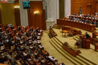 """Camera Deputatilor a respins motiunea """"Guvernul Ponta - fabrica de someri"""""""