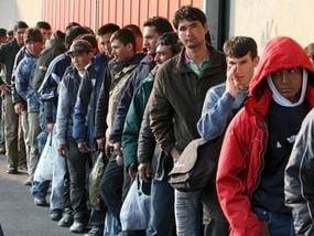 Cameron a esuat: Imigratia in Marea Britanie a crescut cu 27 la suta