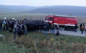 Camioanele Chevron, atacate la Pungesti. Scandalul s-a lasat cu dosare penale