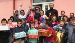Campania CUTIA CU ZAMBETE la final! Copiii de la Centrul de Zi de la Orlesti au primit daruri in Saptamana Mare
