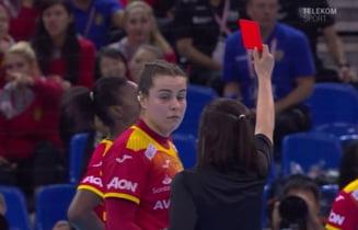 Campioana mondiala la handbal feminin a fost aleasa dupa o decizie scandaloasa de arbitraj, lovitura de la 7 metri dictata in ultima secunda. Ce parere au Crina Pintea si Carmen Amariei