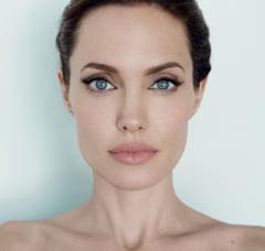Cand banii nu sunt o problema: Ce-si cumpara cuplul Jolie-Pitt
