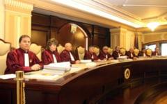 Candidatura lui Ponta la prezidentiale, contestata: CCR se reuneste in aceasta seara