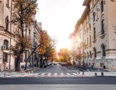 Caniculă în București: temperaturile urcă până la 37 de grade. Când scăpăm de arșiță
