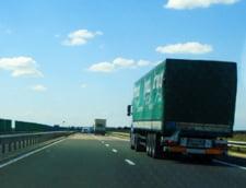 Canicula aduce restrictii de circulatie pe drumul spre mare. Si trenurile merg mai incet