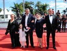 Cannes 2016: Cristi Puiu, primit in presa internationala cu elogii, dar si cu ironii si chiar enervare