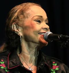 Cantareata Etta James a murit