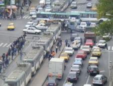 Capitala: Cei care au masini in leasing pot avea locuri de parcare