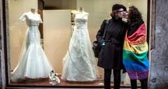 Cardinalii francezi: Legalizarea casatoriilor gay incita la violenta