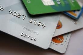 Cardul de credit care aduce clientilor o parte din profitul bancii
