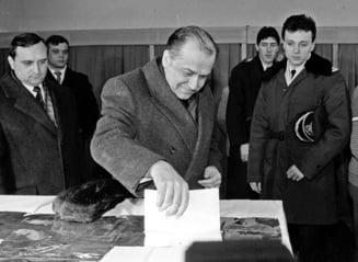"""Care a fost cea mai mare prezenta la vot, la alegerile prezidentiale. Ion Iliescu, singurul presedinte ales din primul tur, in """"Duminica Orbului"""""""