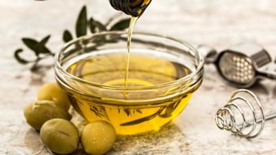 Care este efectul unei lingurite de ulei de masline luate pe stomacul gol. 11 beneficii sustinute de cercetari stiintifice