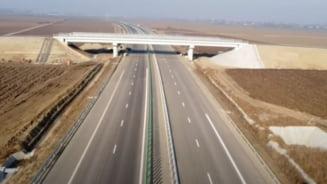 """Care este traseul ideal al autostrazii A7 prin judetul Suceava. Cele trei puncte """"obligatorii"""" discutate de proiectanti. """"Le-am cerut sa se grabeasca"""""""
