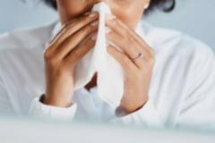 Care sunt cele mai comune boli de toamna. Alergiile si infectiile infloresc in acest anotimp