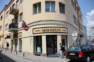 Carmangeria Moldovan, amendata de Protectia Consumatorilor Cluj. Carnea expirata era alaturi de cea buna si urmau sa fie ambalate
