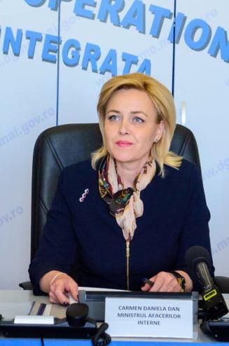 Carmen Dan a cerut demisia rectorului si prorectorului Academiei de Politie si anunta cine le ia locul UPDATE