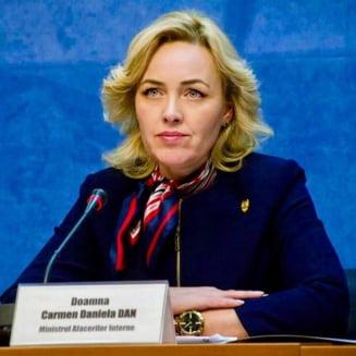 Carmen Dan anunta ca politistii au demarat o ancheta privind amenintarea primita de Emilia Sercan