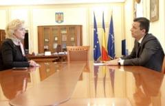 Carmen Dan crede ca se da o lupta pentru informatii secrete si acuza o lovitura de stat: Ponta vrea sa fie iar premier