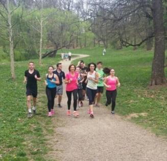 Carmen Iohannis, jogging in parc cu elevii (Foto)