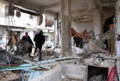 Carnagiu la Bagdad: Peste 70 de morti dupa ce un camion incarcat cu explozibili a fost detonat