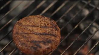 Carnea viitorului? Burgerul in spatele caruia se afla insusi Bill Gates (Video)