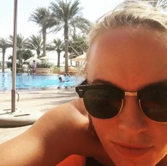 Caroline Wozniacki, aparitie incendiara la Dubai (Foto)