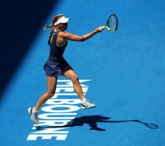 Caroline Wozniacki trece de surpriza Mertens si se califica in finala Australian Open